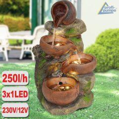 Gartenbrunnen 4-TONKRÜGE IM BAUMFELS mit LED-Licht